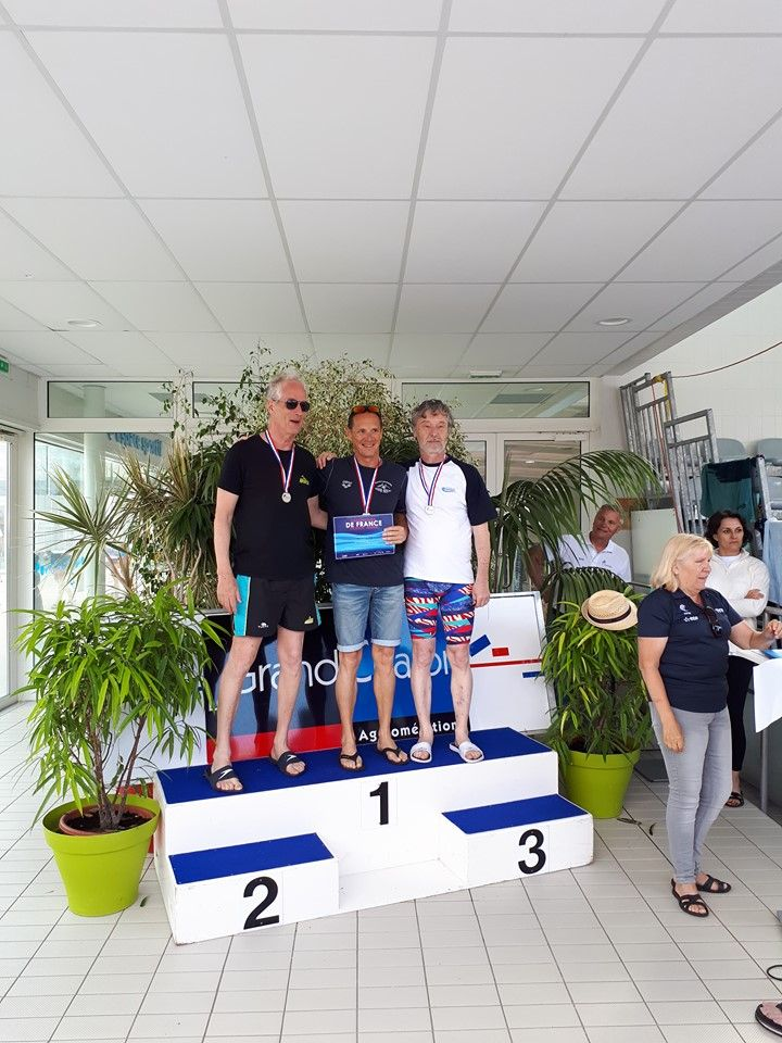 Podium_Chalon_200_m_4_nages-1.jpg